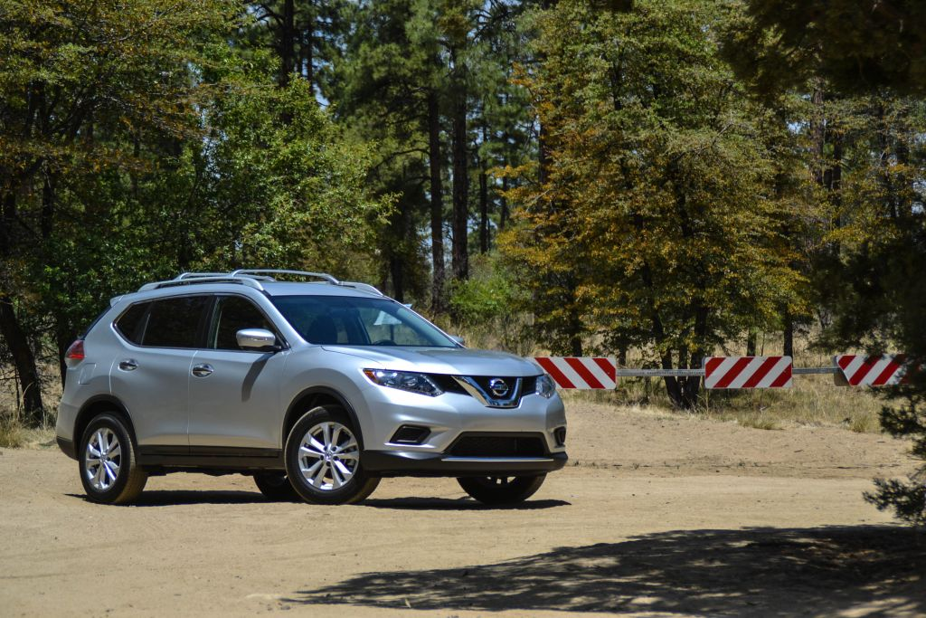 The All New Second Generation Nissan Rogue, Introduced For The 2014 Model  Year, Had A Rookie Year Like No Other. Setting All Time Monthly Sales  Records In ...