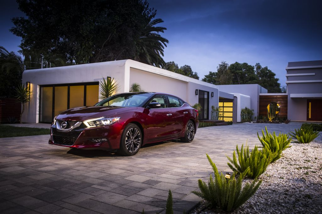 First Look Review: 2016 Nissan Maxima on Everyman Driver