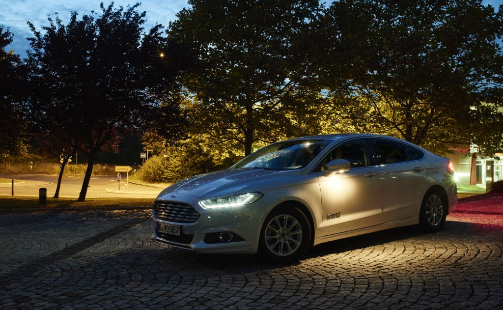 Ford's Camera-Based Advanced Front Lighting System on Everyman Driver with Dave Erickson