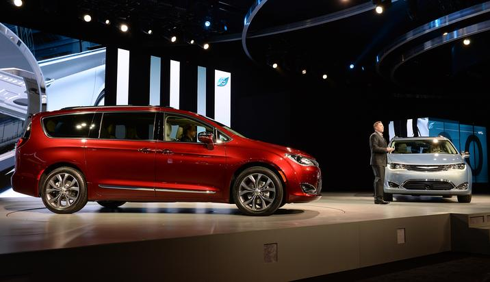 All-New 2017 Chrysler Pacifica on Everyman Driver