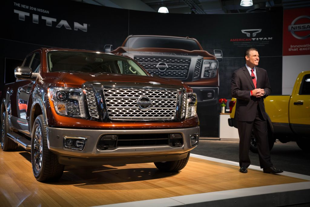 2017 Nissan TITAN Crew Cab, powered by 5.6-liter V8 engine, debuts at New York International Auto Show