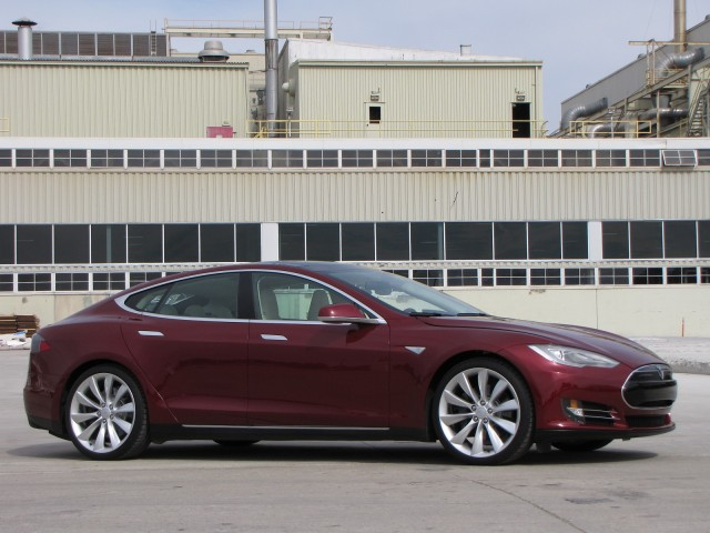 Tesla Driving Manufacturing in San Francisco on Everyman Driver