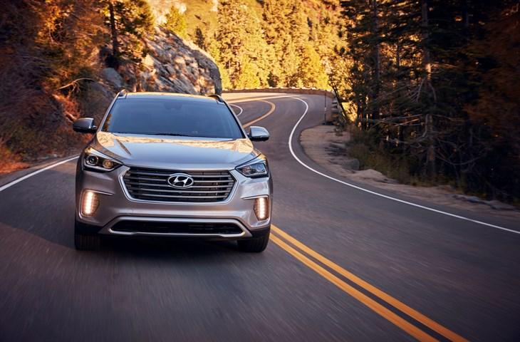 2017 Hyundai Santa Fe Ultimate Review on Everyman Driver with Dave Erickson