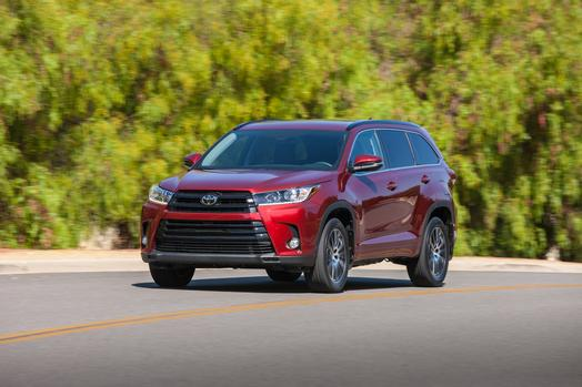 For 2017 Highlander S Value Is Significantly Enhanced Thanks To An Array Of Technologically Advanced Safety Performance And Convenience Features Added As