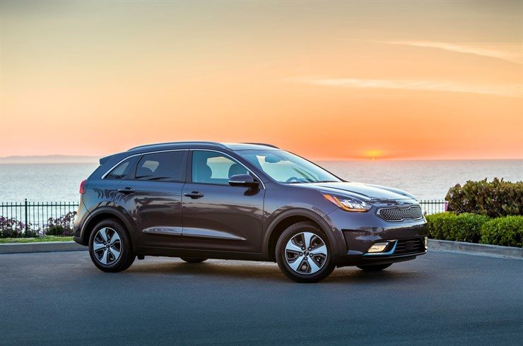 The 2018 Niro Plug In Hybrid Phev Brings An Exciting New Dimension To Kia S Alternative Fuel Car Line Up As Third Model And Aned